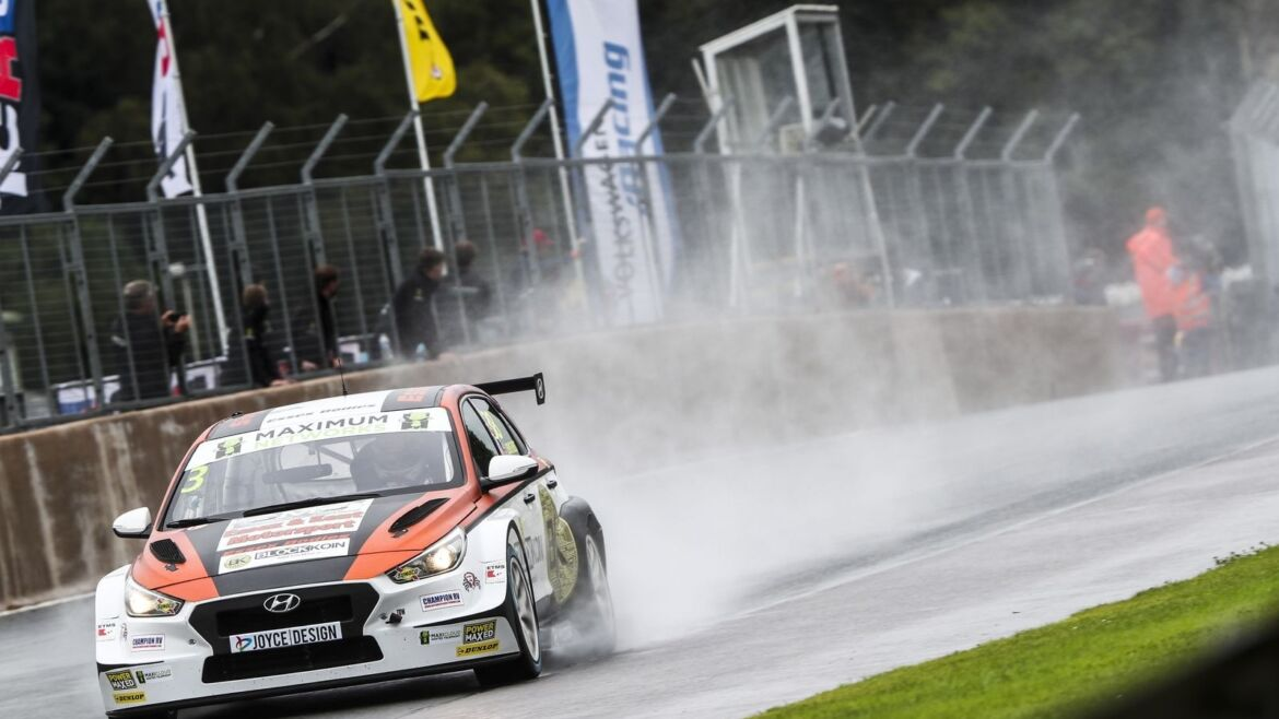 Lewis Kent Hits Back with First Win of the Season